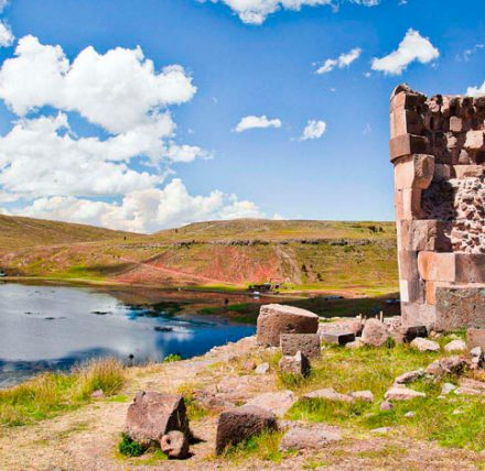 Tour Chullpas of Sillustani Half Day